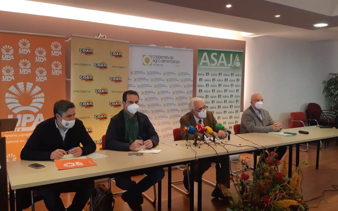 Protestas en los 97 municipios de Jaén el 29 de abril pidiendo la retirada del decreto de convergencia de la PAC